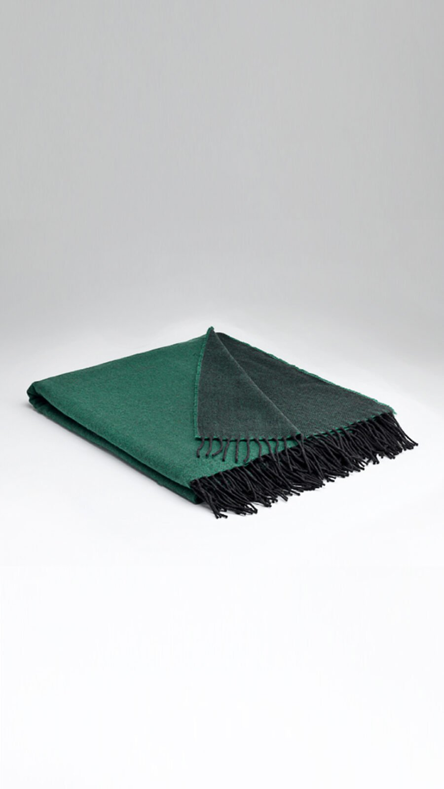 Supersoft Emerald reversible throw