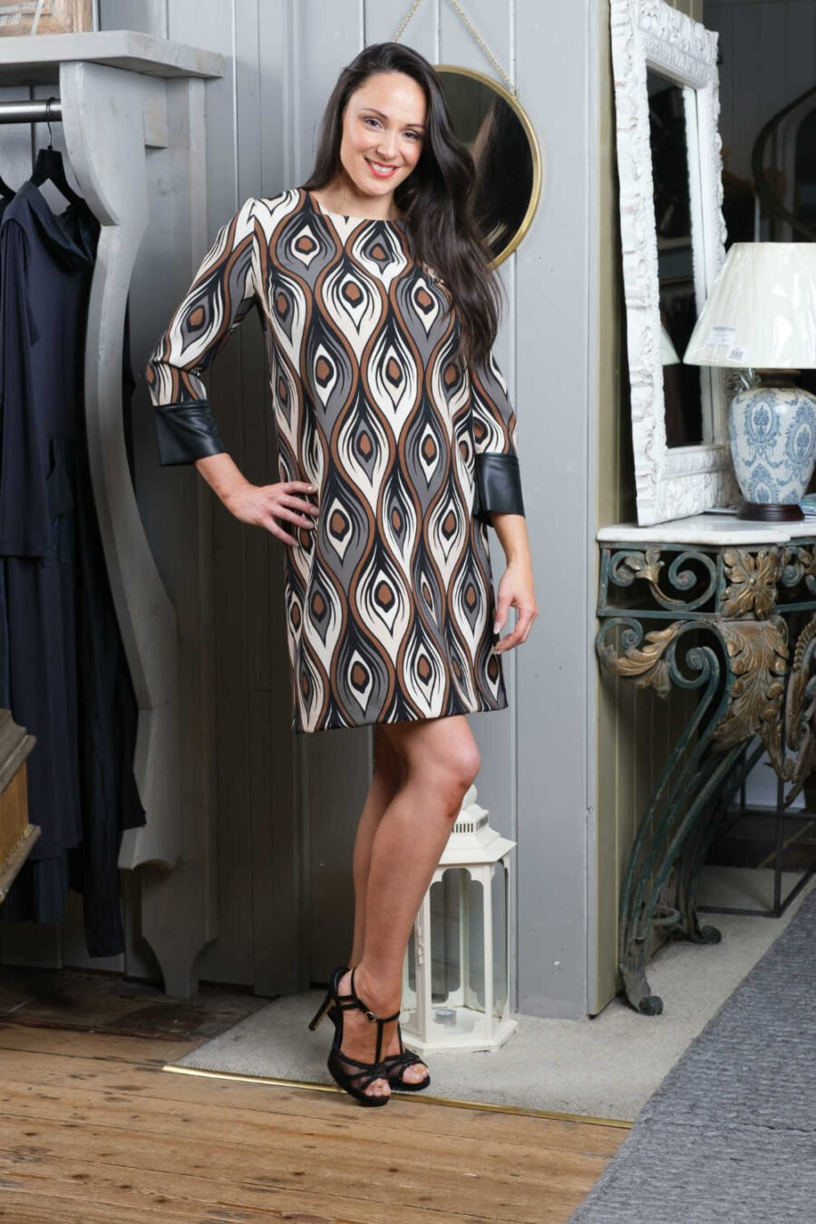 Isabella One patterned dress
