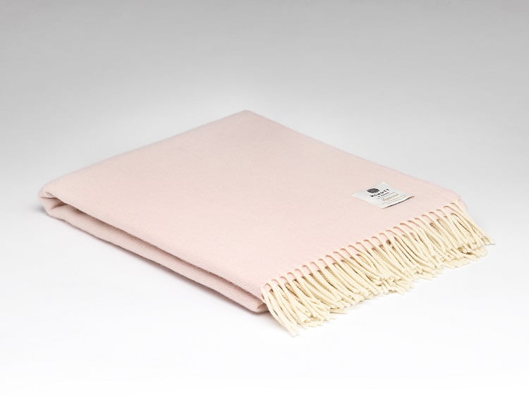 Supersoft Throw Millars Supersoft Candy Floss Herringbone Throw